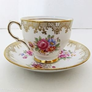 Vintage Salisbury China dematisse teacup & saucer